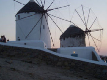 Mykonos - The Top Hot Destination For Your Greece Vacations