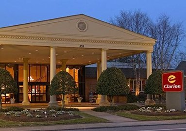 About Pet Friendly Virginia Hotels Motels