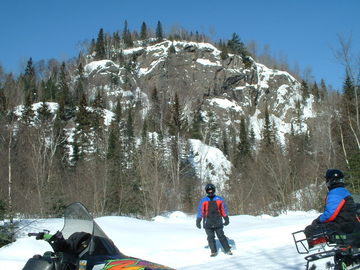 Ontario Snowmobile Vacations - Beginner's Guide