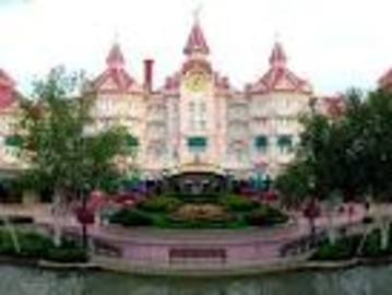 About the Best Family Hotels Disneyland