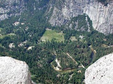 Things To Do While Vacationing in Yosemite Village