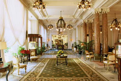 Top 10 Travel Hotels France