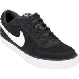 What Is the Latest Fashion Of Boys Shoes