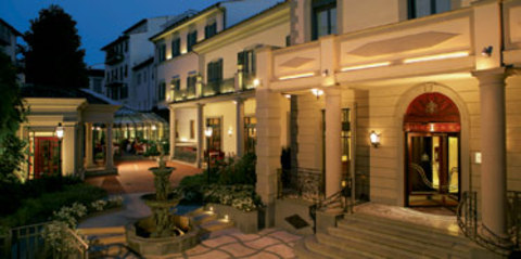 Get the Best Deals For St Hotels